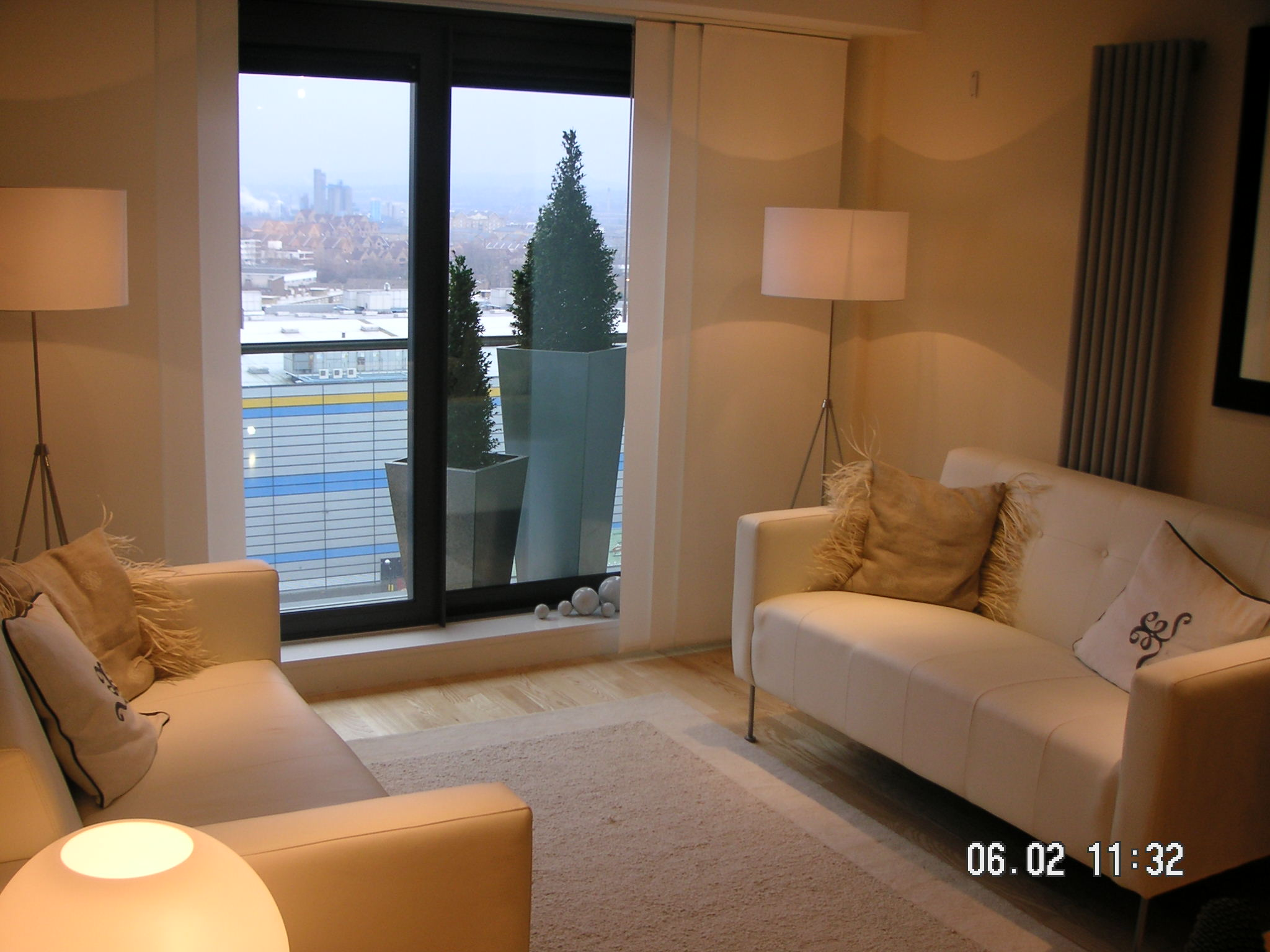 lowrey house dockland london two bedroom flat